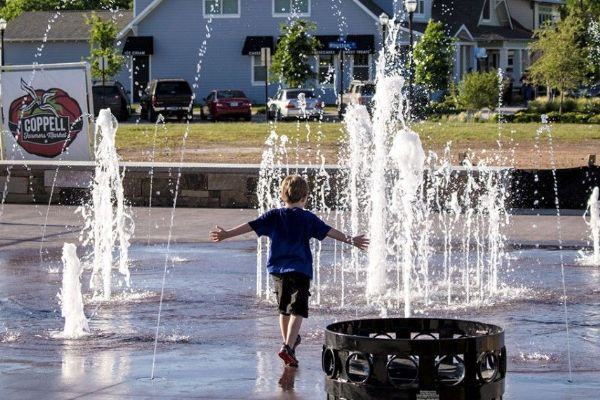 Old Town Coppell interactive fountain